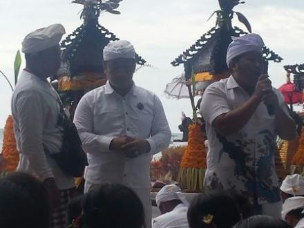 MELASTI dalam Perayaan Hari Raya Nyepi di Desa Pemuteran