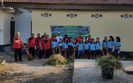 Kegiatan Bulan Bhakti Gotong Royong Masyarakat (BBGRM) Serentak di masing-masing Desa Se-Kecamatan G