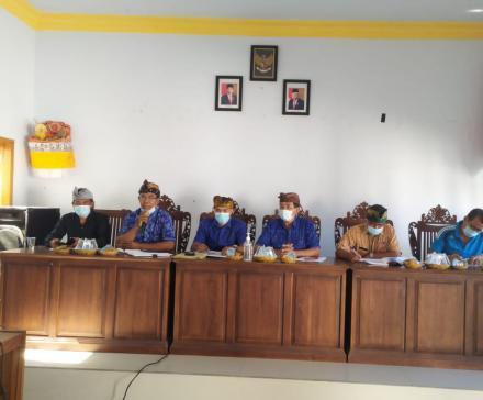 Rapat Pembahasan dan Penyepakatan Rancangan Peraturan Desa Pemuteran tentang Perubahan Anggaran Pend