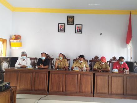 Penyerahan BLT - Dana Deda Tahap X Bulan Oktober Desa Pemuteran